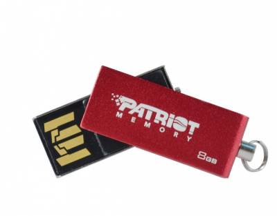 Флеш-память USB Patriot Swing 8Gb Red PSF8GSRUSB