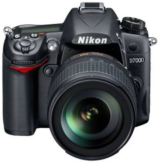 Фотоаппарат Nikon D7000 KIT AF-S DX 18-105mm VR VBA290KU01