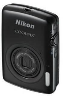 Фотоаппарат Nikon Coolpix S01 Black promo kit VNA211KR01