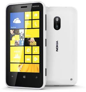 Смартфон Nokia Lumia 620 White 0022Z21